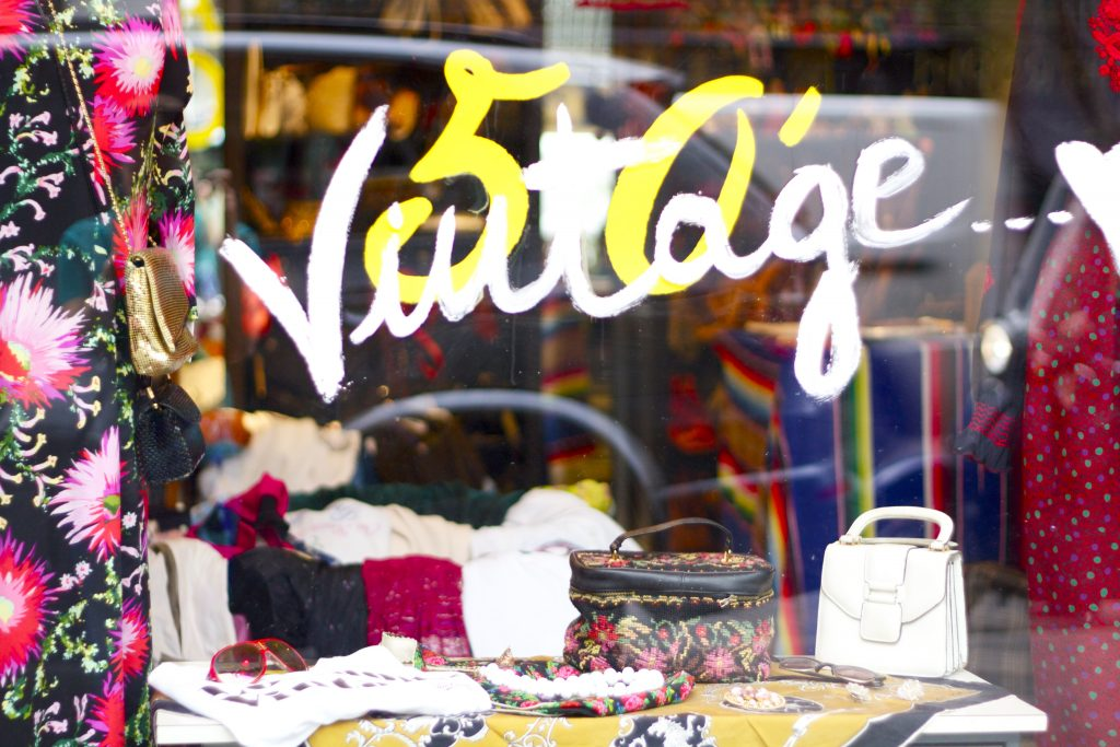 MIlan_vintage_shopping