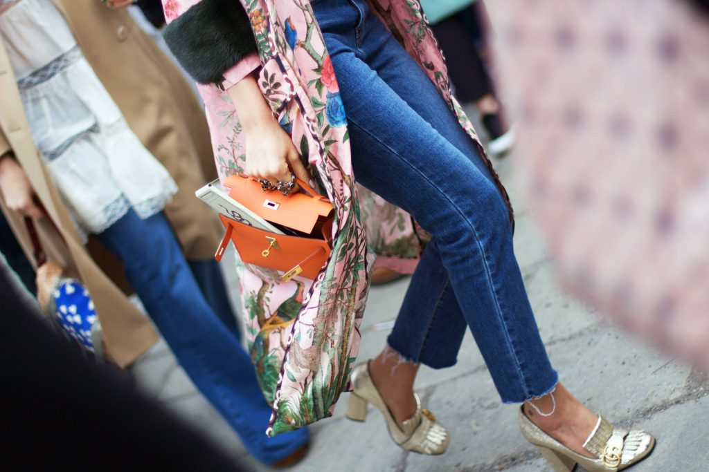 milan_fashion_week_street_style_raw_hem_jeans_gucci