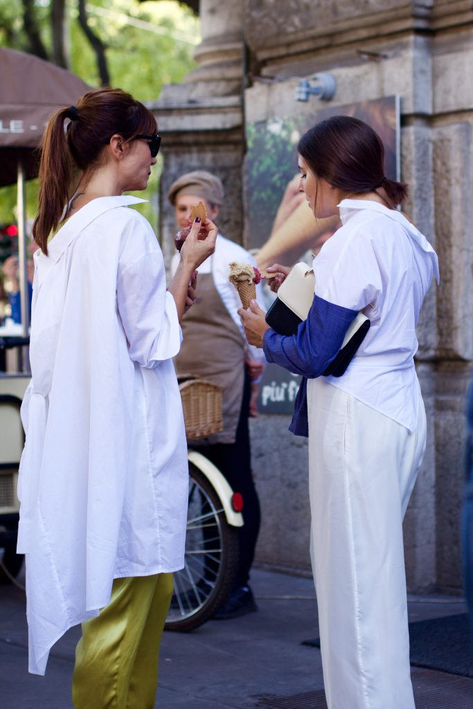mfg_milan_fashion_week_street_style_oversized_shirt_5