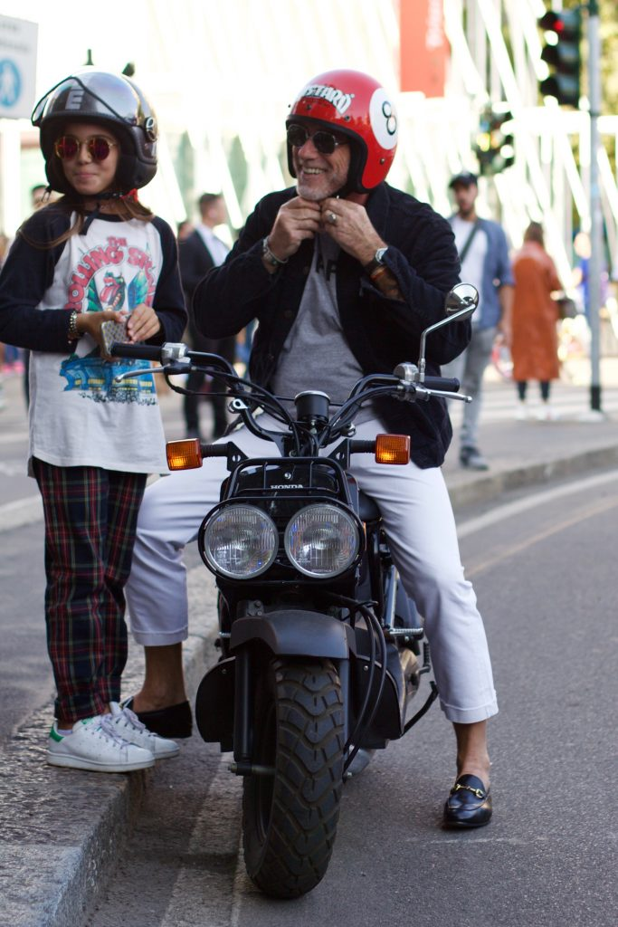 modern_gentlemen_in_town_milan_mens_fashion_week_street_style_alessandro_squarzi