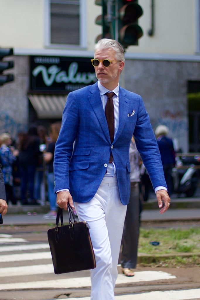 modern_gentlemen_in_town_milan_mens_fashion_week_street_style_blue