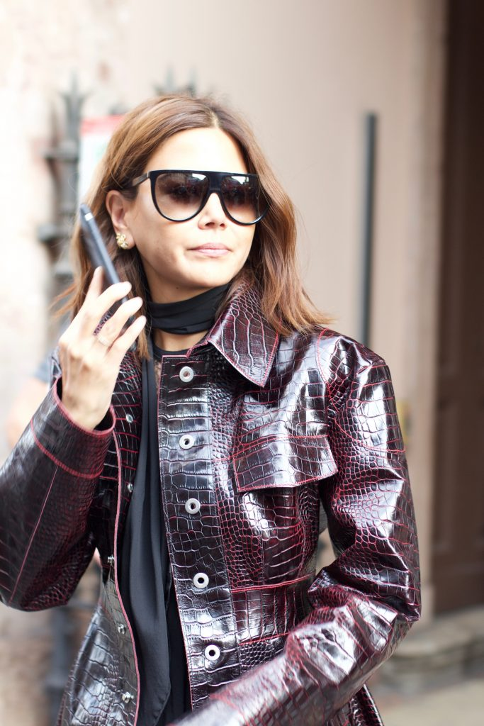 MILAN FASHION WEEK STREET STYLE TREND - STATEMENT LEATHER PIECES FOR FASHION INSIDERS